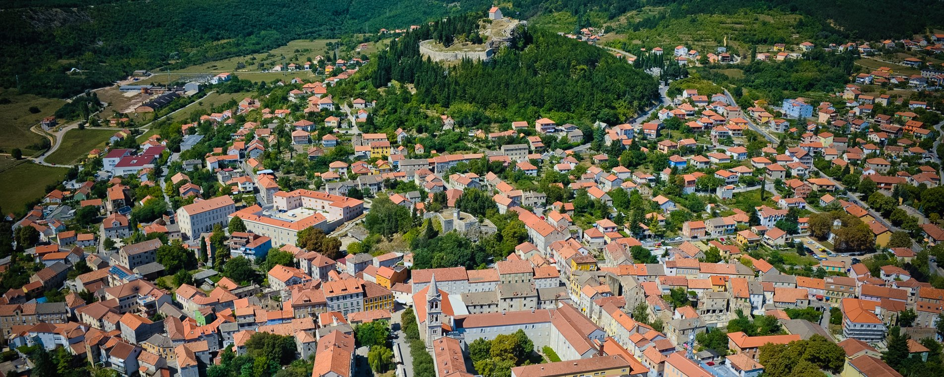 Grad Sinj iz zraka