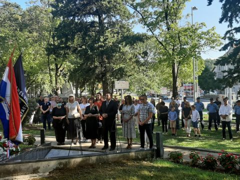 obljetnica-napada-na-vojarne-bivse-jna-i-pocetka-oruzane-obrane-od-velikosrpske-agresije-na-cetinsku-krajinu