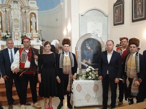 gradonacelnica-nazocila-proslavi-blagdana-gospe-od-zalosti-te-otkrivanju-i-blagoslovu-bista-hrvatackih-svecenika-mucenika